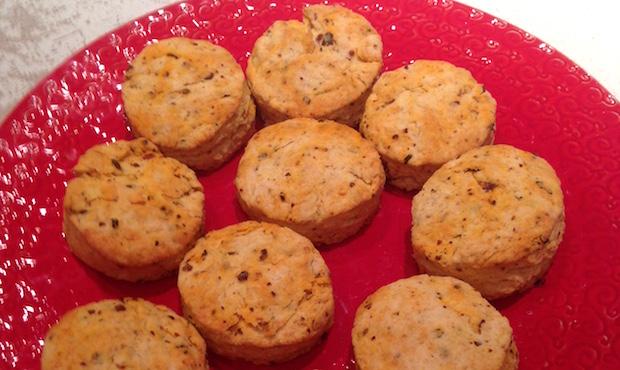 Caputos-ChiliBeakWeek-biscuits