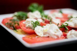 burrata-caprese-tomatoes-basil-3