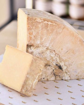 Caputo's-Cheese-Cave-House-Cheddar-1