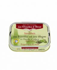 Les-Mouettes-d'Arvor-Sardines-in-Extra-Virgin-Olive-Oil-with-basil-and-thyme-web