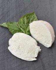 Mozzarella-di-Bufala-Campania-Felix-3)