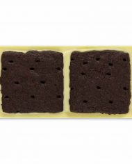 Omnom-Cookies-+-Cream-bar-for-web-1