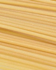 Rustichella-Bucatini-Pasta-Close